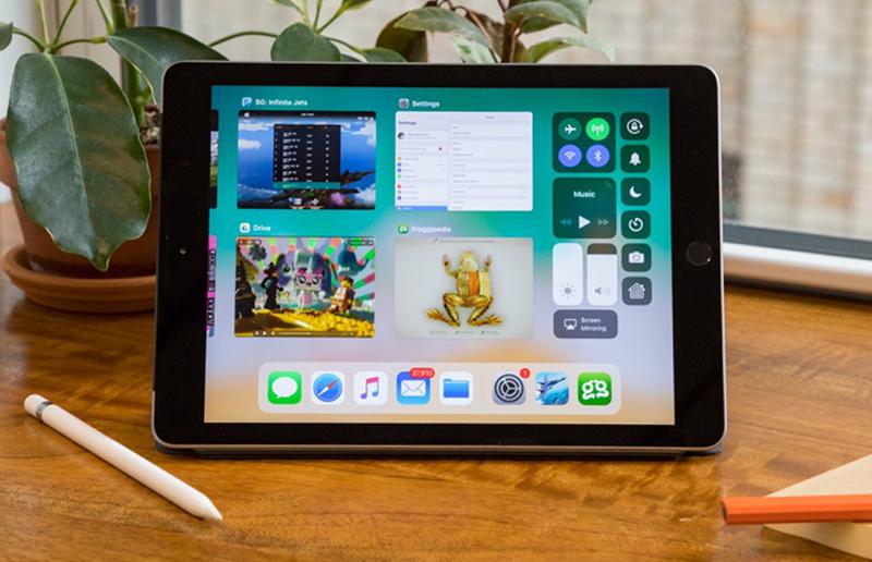 iPad wifi 32GB 2018 hỗ trợ kết nối với Apple Pencil
