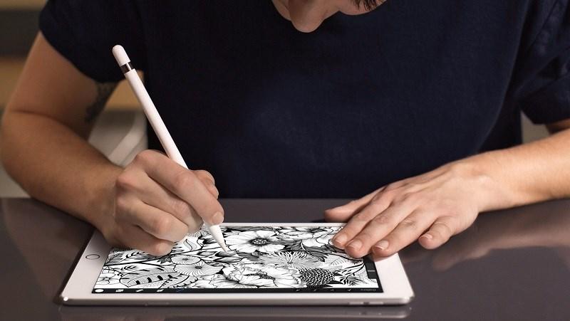 Thoải mái sử dụng iPad 6th Wifi 128 GB cả ngày dài