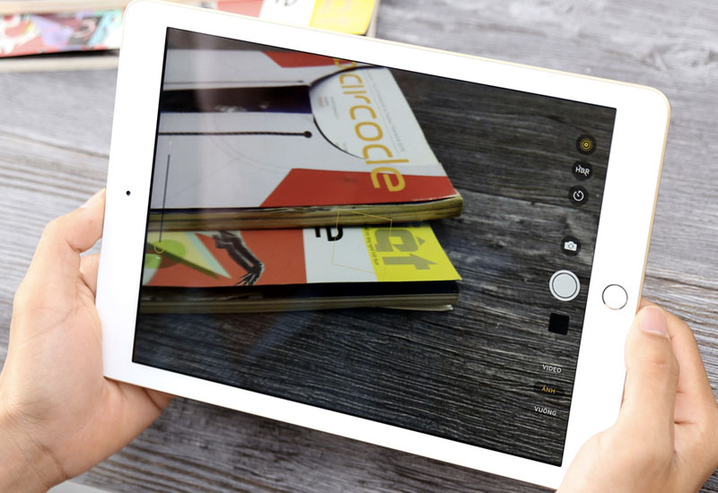 Camera sắc nét trên Máy tính bảng iPad Wifi Cellular 32GB (2018)