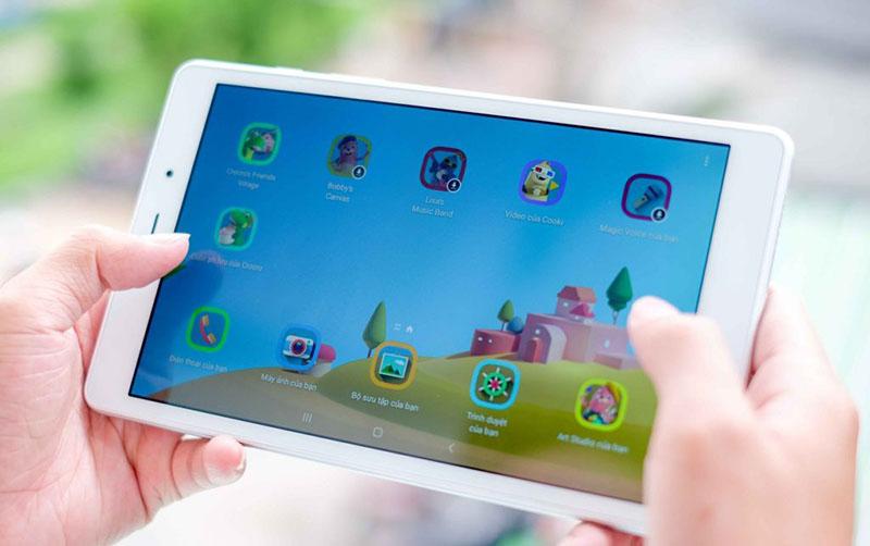 Trải nghiệm màn hình giải trí kích thước lớn trên máy tính bảng Samsung Tab A Plus 8