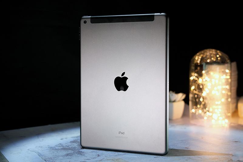 Điện thoại iPad 10.2 inch Wifi Cellular 32GB (2019) | Hiệu năng mạnh mẽ