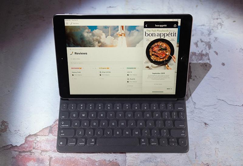 Điện thoại iPad 10.2 inch Wifi Cellular 128GB (2019) | Kết nối với bàn phím rời