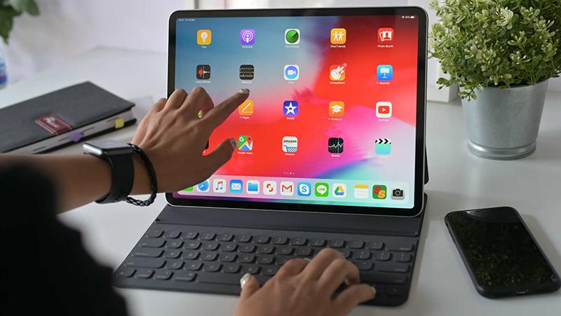 Máy tính bảng iPad Pro 12.9 inch Wifi 128GB (2020) | Thời lượng pin ấn tượng