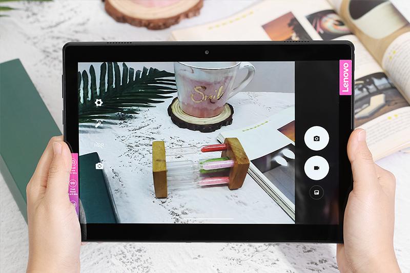 Lenevo tab M10 | Bộ đôi camera trước và sau lần lược 2MP và 5MP