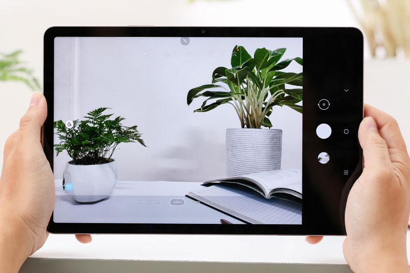 Galaxy Tab S7   Hỗ trợ quay video 4K