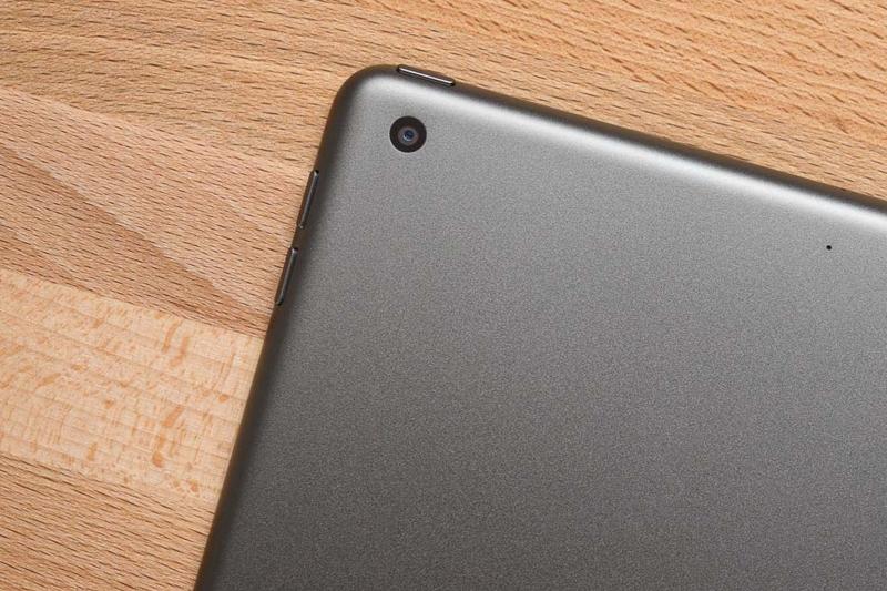 Camera sau với 8 MP | iPad 2020