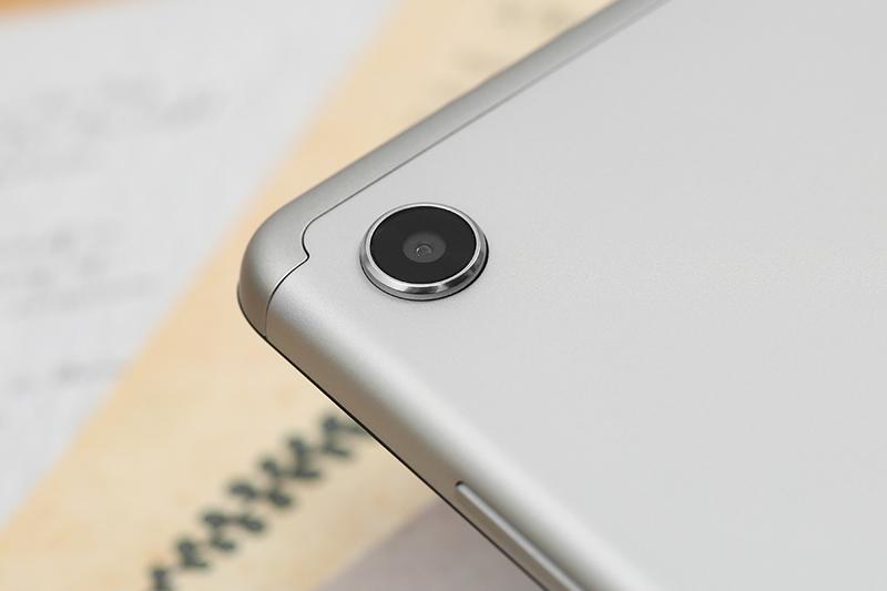 Lenovo Tab M7 | Trang bị cả camera trước và sau đủ dùng