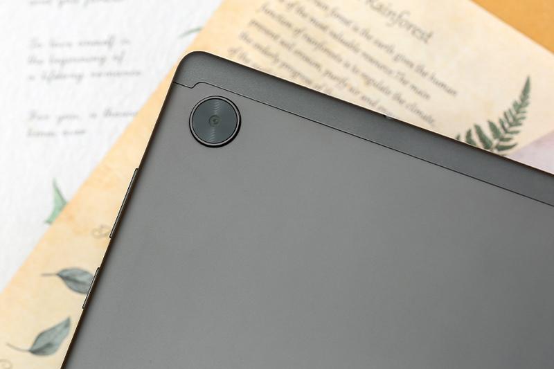 Lenovo Tab M10 - FHD Plus   Camera sau có độ phân giải 8 MP