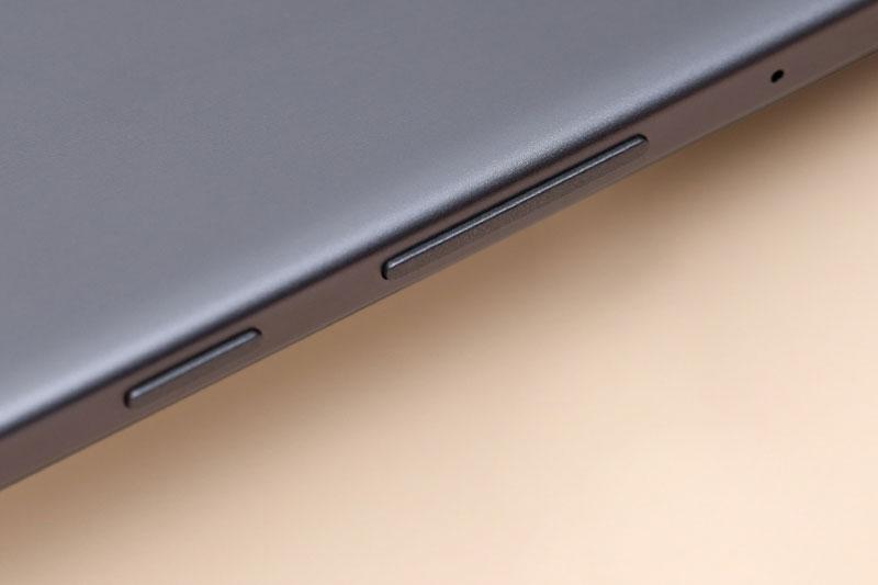 Galaxy Tab A7 Lite | Thiết kế cạnh viền
