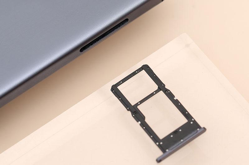 Galaxy Tab A7 Lite | RAM 3 GB, ROM 32 GB hỗ trợ thẻ nhớ mở rộng lên đến 1 TB