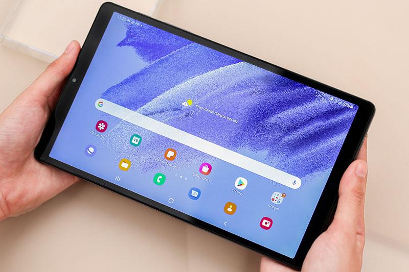 Galaxy Tab A7 Lite | Thiết kế gọn ràng, cầm nắm thoải mái