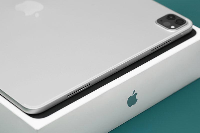 iPad Pro M1 12.9 inch WiFi 256GB (2021)   Trang bị hệ thống 4 loa ngoài, mang đến âm thanh vòm ảo và hỗ trợ chất lượng Dolby Atmos