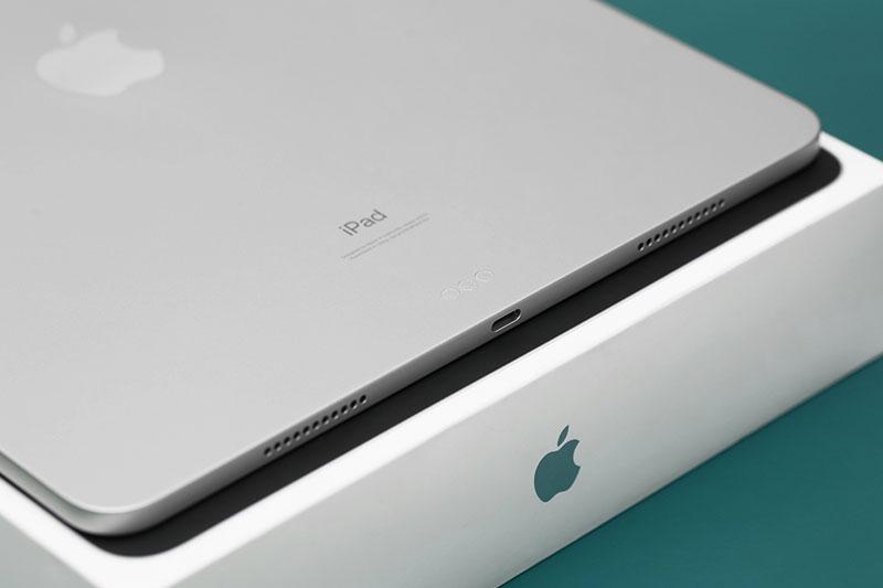 iPad Pro M1 12.9 inch WiFi Cellular 128GB (2021) | Sở hữu viên pin 40.88 Wh khoảng 10.835 mAh
