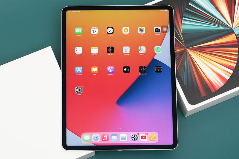 iPad Pro M1 12.9 inch WiFi Cellular 256GB (2021)   Trang bị lớp Oleophobic chống bám dấu vân tay và phủ lớp chống chói