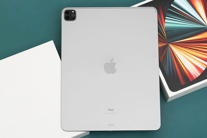 iPad Pro M1 12.9 inch WiFi Cellular 256GB (2021)   Thiết kế mặt lưng