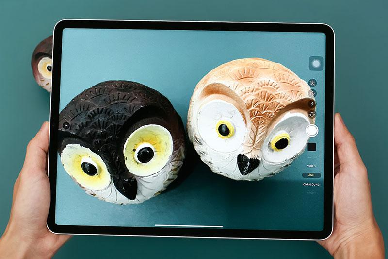 iPad Pro M1 12.9 inch WiFi Cellular 256GB (2021)   Giao diện chụp ảnh