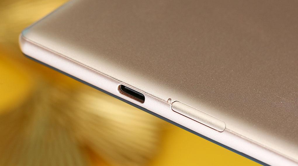 Máy tính bảng Masstel Tab 10.1 inch | Thoải mái sử dụng với viên pin 6000 mAh