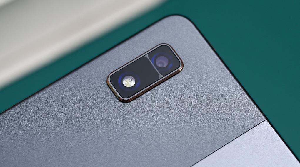 Camera chính nhiều tính năng - Masstel Tab 10.4
