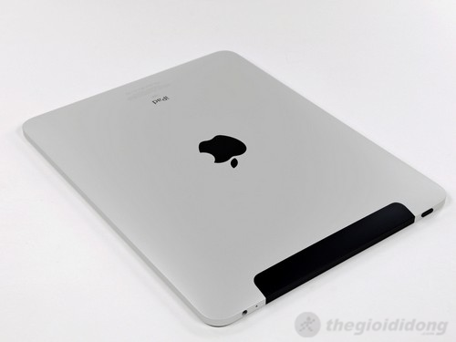 iPad 2 3G 16GB có bản 3G với dãy anten màu đen ở đỉnh máy hút sóng mạnh mẽ