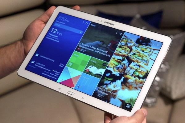 Samsung Galaxy Tab Pro 12.2 màn hình Super Clear LCD