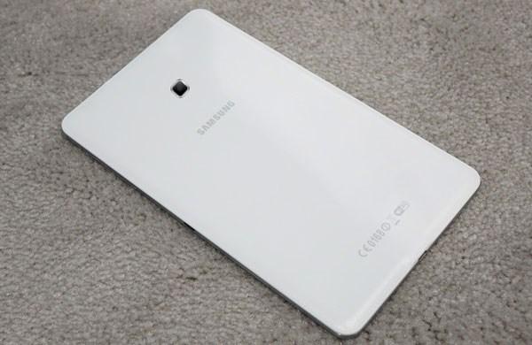 Samsung Galaxy Tab 4 8.0 camera 3.0 MP