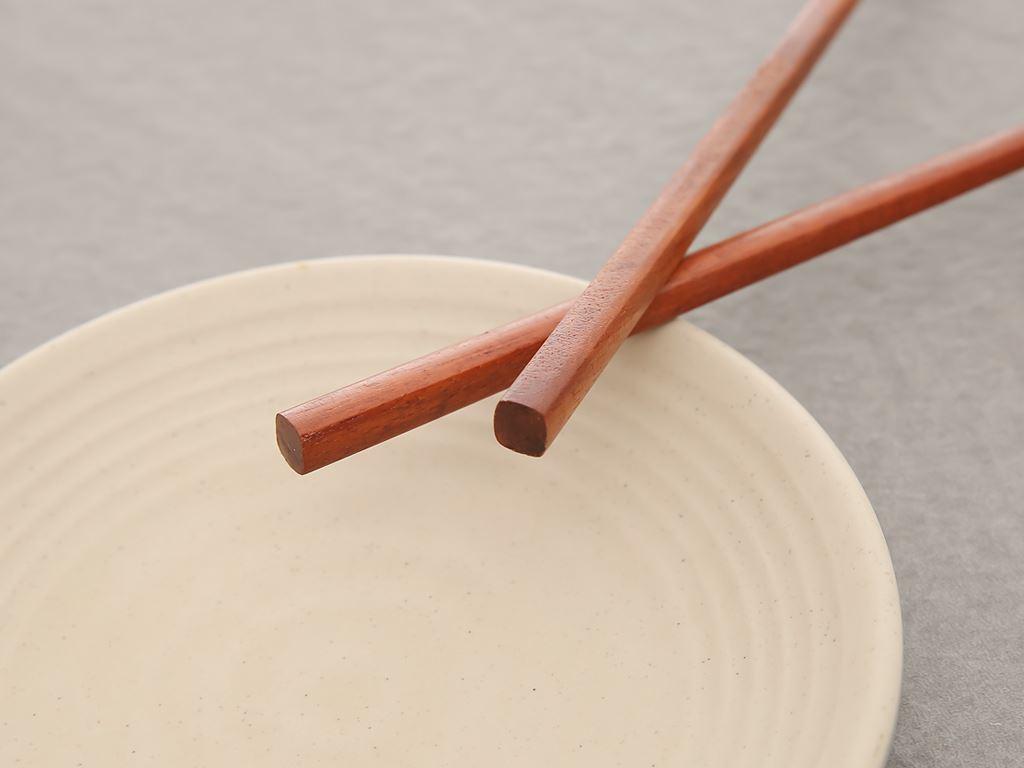 Bộ 10 đôi đũa gỗ hương 24cm Điện Máy XANH DG003-10 6