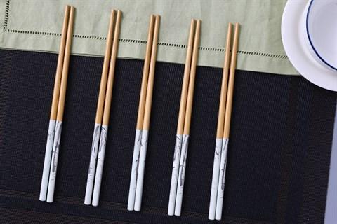 Bộ 5 đôi đũa tre hình lá tre DMX DT005-05