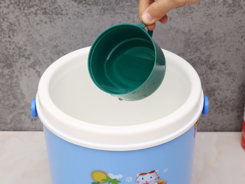 Bình đá nhựa 5 lít Duy Tân (giao màu ngẫu nhiên) 7
