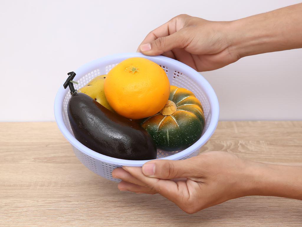 Rổ nhựa tròn Duy Tân 2T0 20cm (giao màu ngẫu nhiên) 6