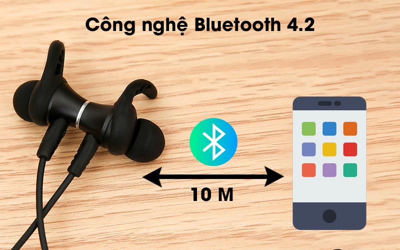 Tai nghe Bluetooth Mozard Flex4 Đen Xanh có khả năng kết nối ổn định trong 10m