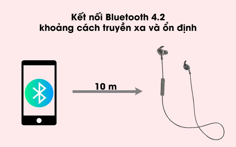 Tai nghe Bluetooth thể thao JBL V110GABT với khoảng cách kết nối lên đến 10 m