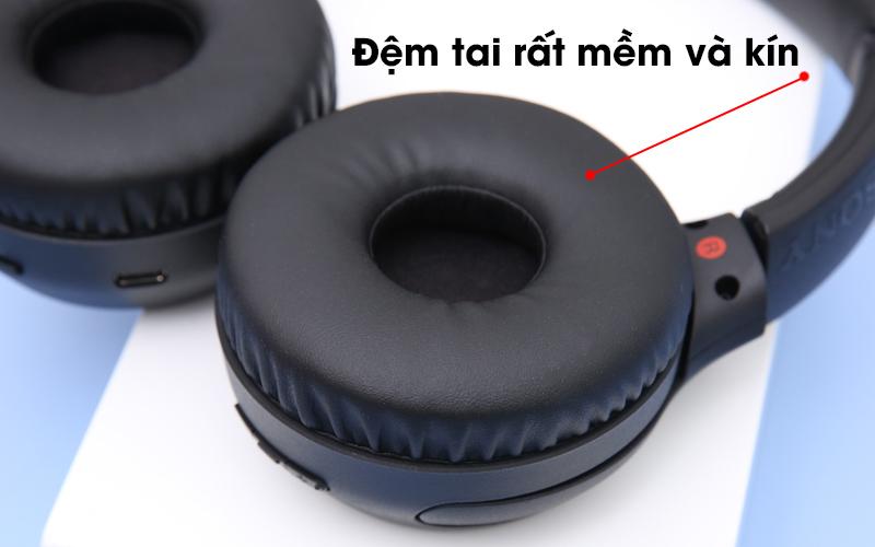 Tai nghe chụp tai Bluetooth Sony WH-XB700 có đệm tai êm ái