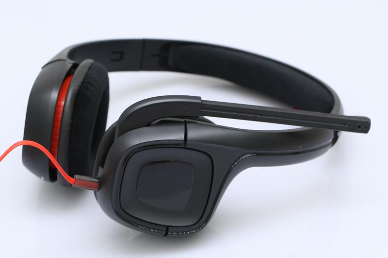 Tai nghe chụp tai Plantronics Gamecom 318 - Tích hợp Microphone tiện lợi