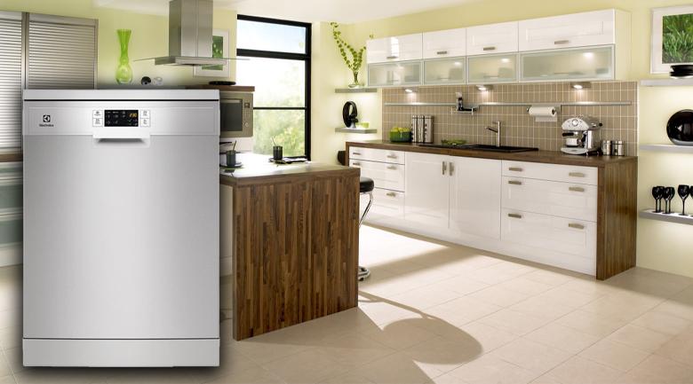 Thiết kế cao cấp, nhỏ gọn, linh hoạt dễ bố trí - Máy rửa bát Electrolux ESF5512LOX 1950W