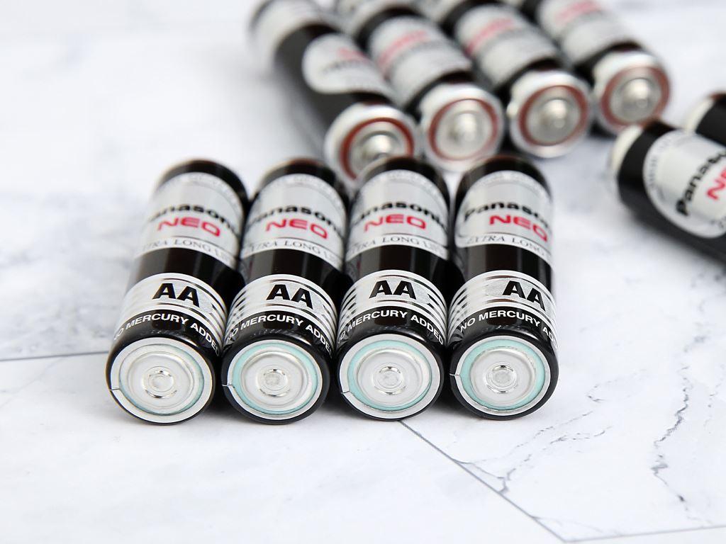 Vỉ 12 viên Pin tiểu AA Panasonic 1.5V MANAGANESE AA R6NT/12H 4