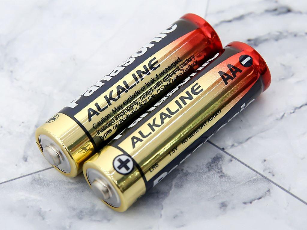 Vỉ 2 viên Pin tiểu AA Panasonic 1.5V Pana Alkaline LR6T/2B-V 3