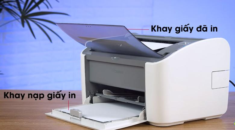Máy in Laser Canon LBP2900 - Đặt cỡ giấy muốn in vào khay nạp giấy, mở khay chứa giấy in ra
