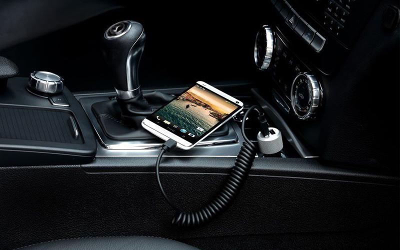 Sạc xe hơi 2 cổng 2A kèm cáp Micro Samsung LN920 - Đơn giản và rất tiện để sử dụng