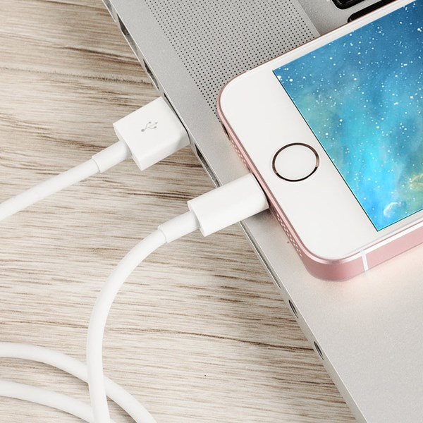Cáp Lightning 1m Apple MQUE2 Trắng