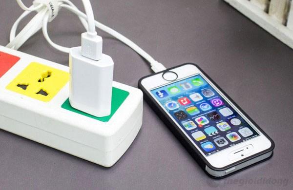 Cáp iphone 5/5s iWalk cho iPhone 5 hợp chuẩn