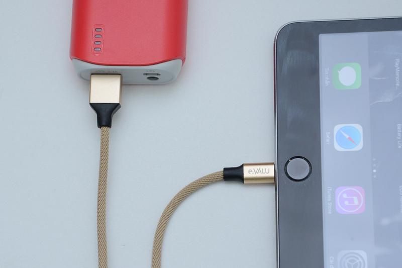 Dây cáp Lightning 1 m eValu LTL-01 - Sạc pin cho điện thoại bằng pin sạc dự phòng