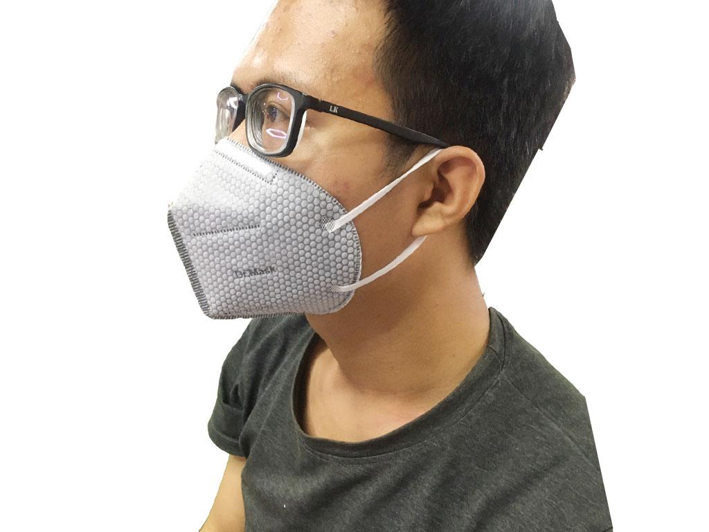 Khẩu trang than hoạt tính Dr.Mask 3D 4 lớp gói 3 cái 4