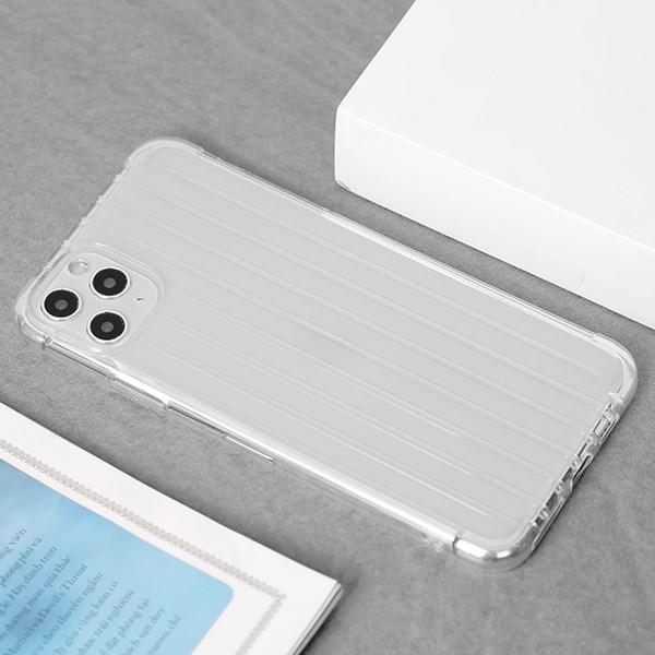 Ốp lưng iPhone 11 Pro Max nhựa dẻo Luggage Nake Slim JM Nude