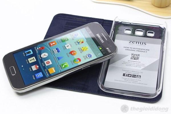 Bên trong ốp lưng Samsung Galaxy Win có ốp lưng bằng nhựa, khá chắc chắn