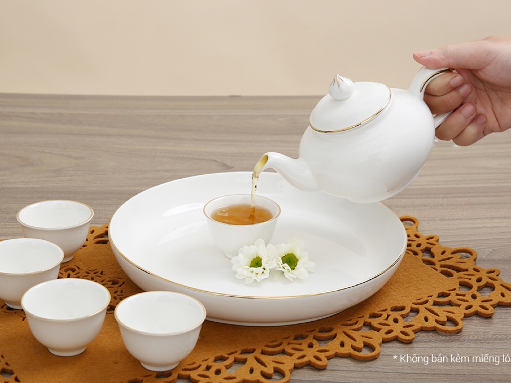 Bộ ấm trà sứ Minh Châu viền vàng MC-BAT05 8 món 3
