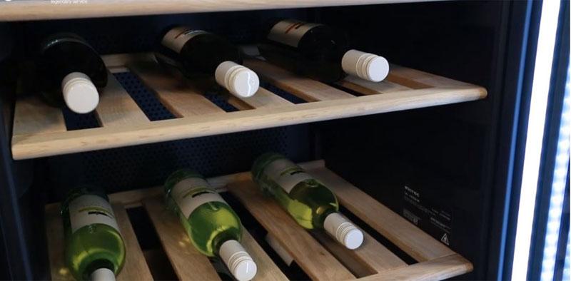 Sức chứa lớn lên đến 170 chai