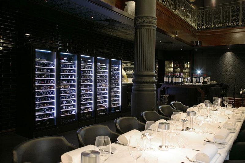 Thiết kế tủ trữ rượu vang Vintec V190SG2EBK 170 chai
