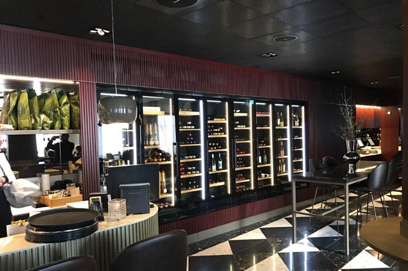Thiết kế cứng cáp, sang trọng - Tủ trữ rượu vang Vintec V190SG2ES3 170 chai
