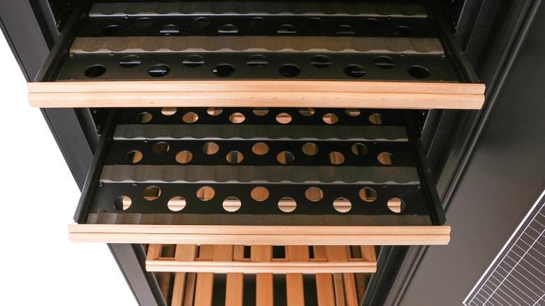 Khay kệ gỗ sồi - Tủ trữ rượu vang Transtherm Castel Prestige 165 chai