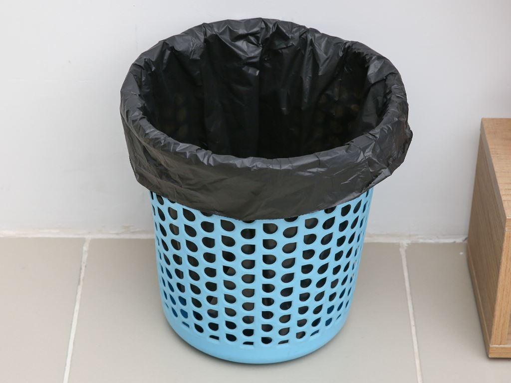 Lốc 3 cuộn túi rác đen tự huỷ sinh học Opec 45x55cm (1kg) 6
